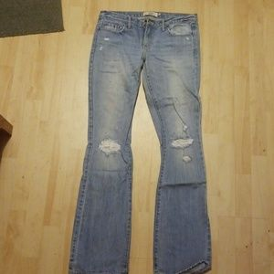 8 Long jeans